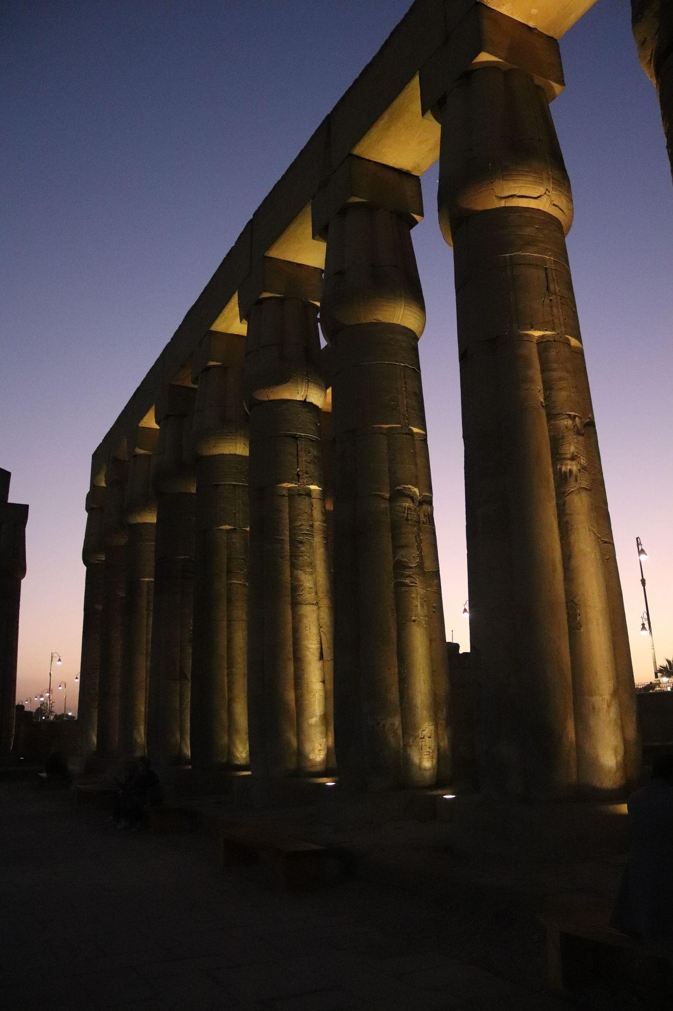 Antiguo Egipto - Templo de Amón en Luxor - Egiptología